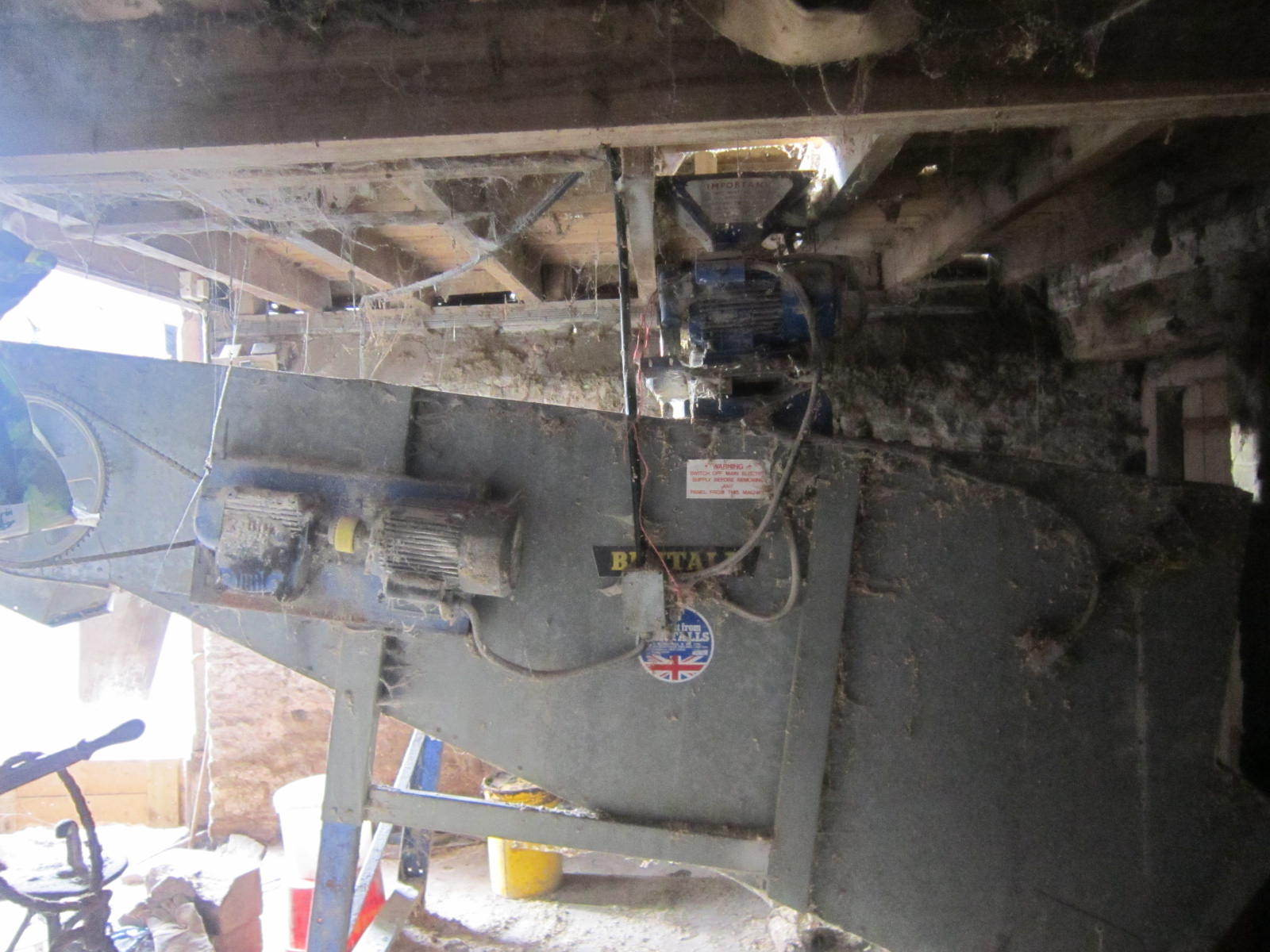 Roller mill and mix | The Farming Forum