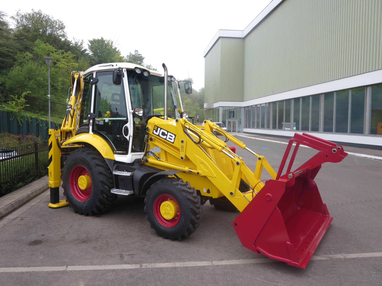 The new JCB 3cx its a classic already !!! | The Farming Forum
