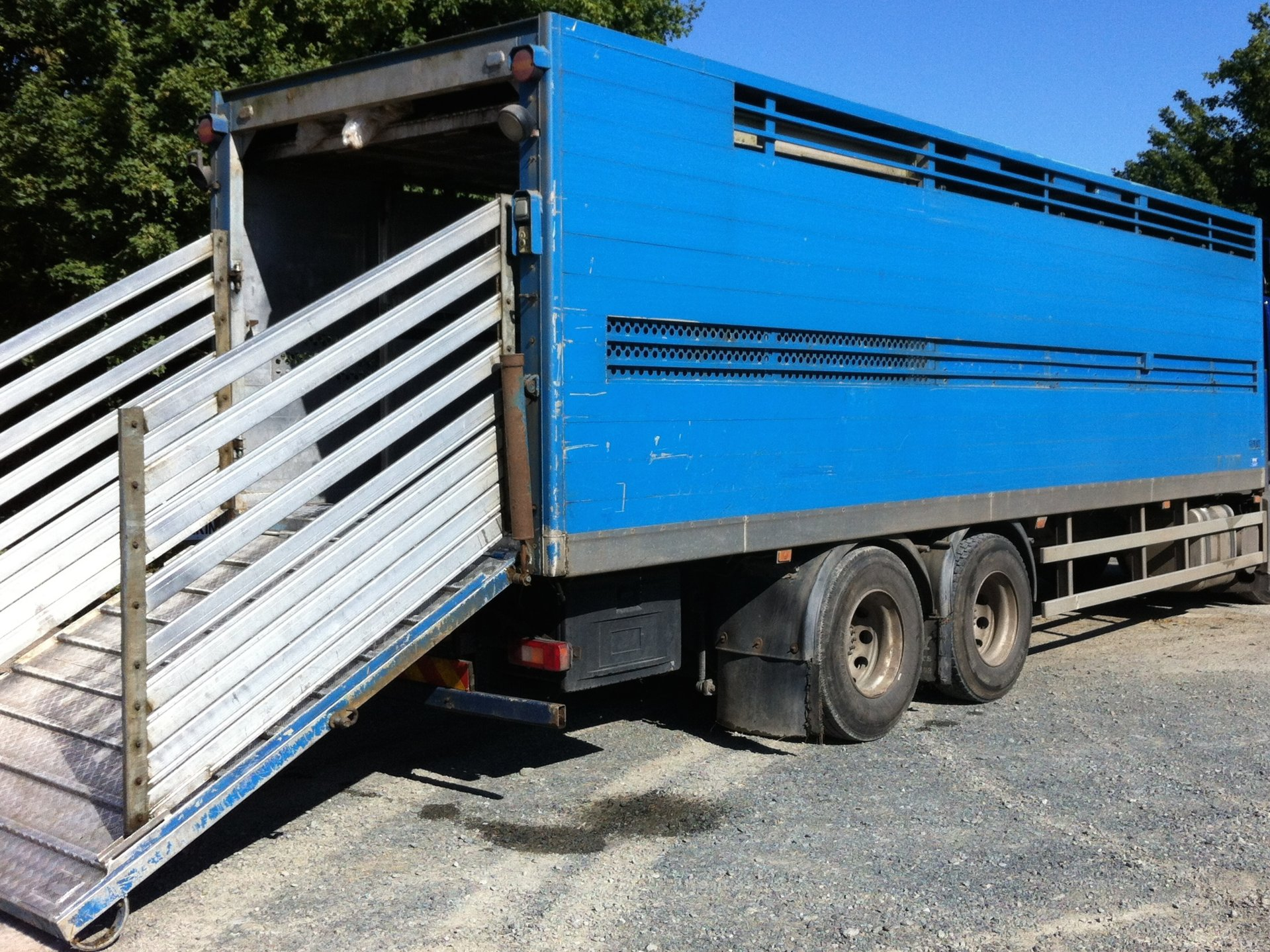 Truck Box For Sale >> Livestock Truck Boxes For Sale The Farming Forum