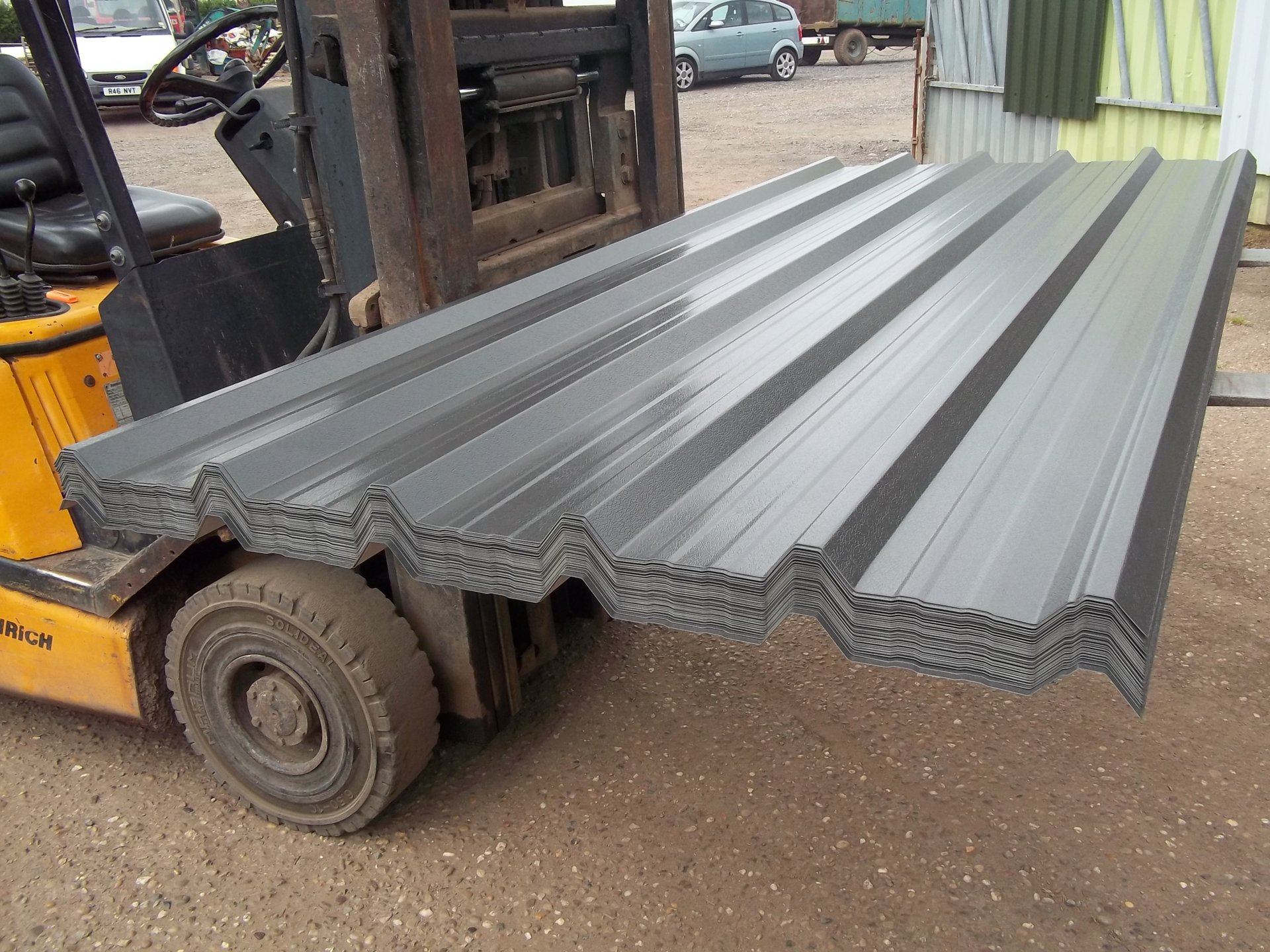BOX PROFILE  32//1000 ANTHRACITE PLASTISOL COATED VERY CHEAP** LIMITED STOCK **