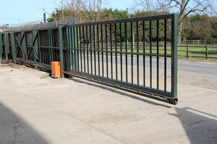 auto-gate2.JPG