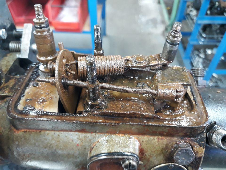 Injector Pump 1.JPG
