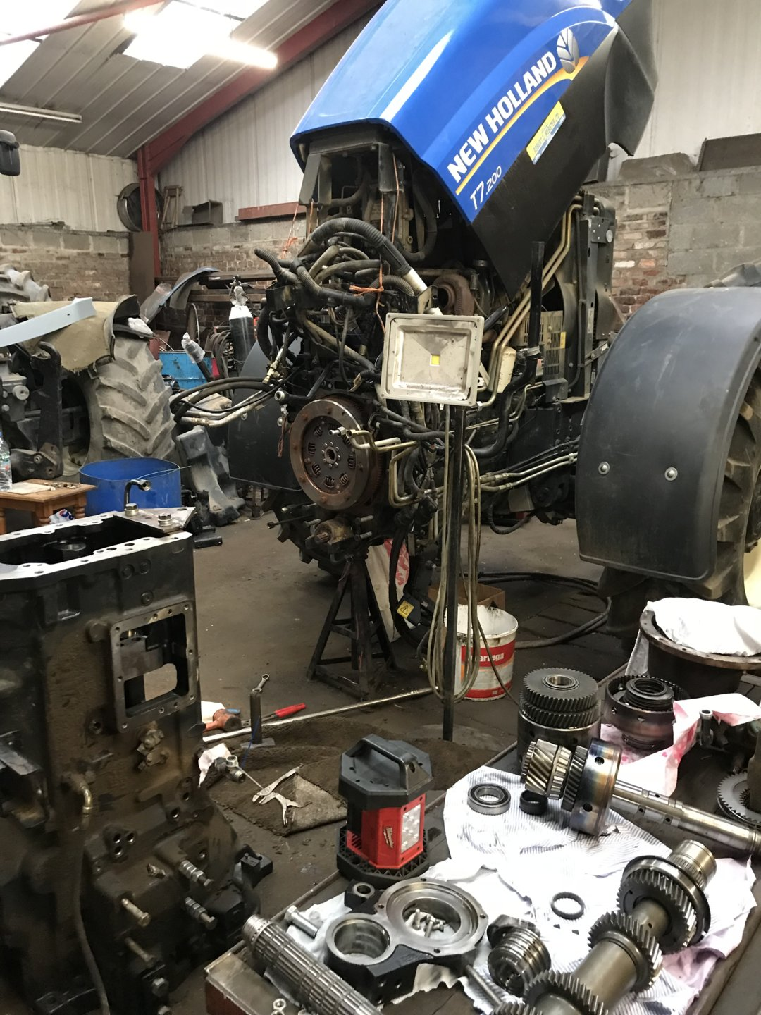 T7 200 gearbox problems | The Farming Forum