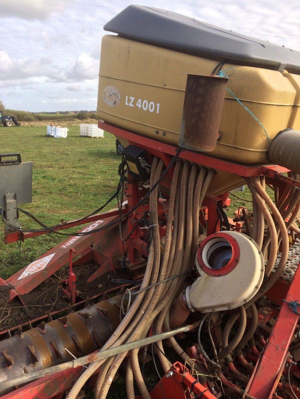 vicon air drill 4m side.jpg